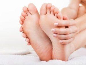 Простые способы лечения сухих мозолей на мизинцах ног