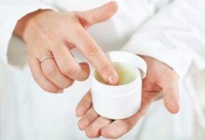 Вывести бородавки в домашних условиях: самые лучшие аптечные средства и методы народной медицины 130 фото