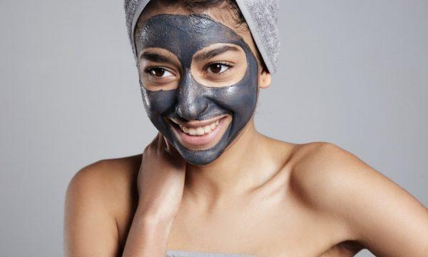 маска из черной глины