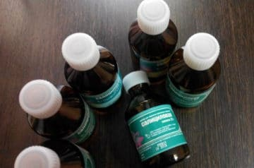 Салициловая кислота против прыщей